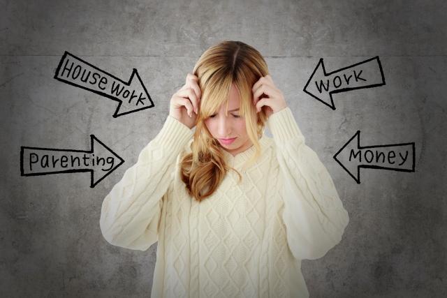 あらゆるストレスを抱える女性