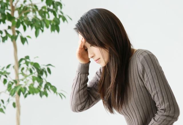 眩暈が起こる女性