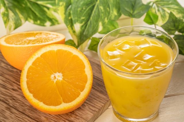 ストレス予防に効果的なオレンジジュース